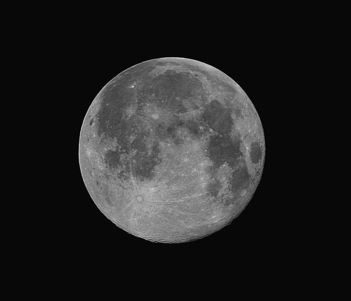 Mesiac (Rubinar 5,6/500)